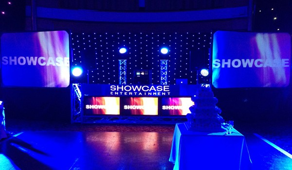 showcase-setup-blue