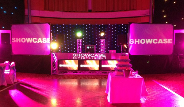 showcase-setup-pink